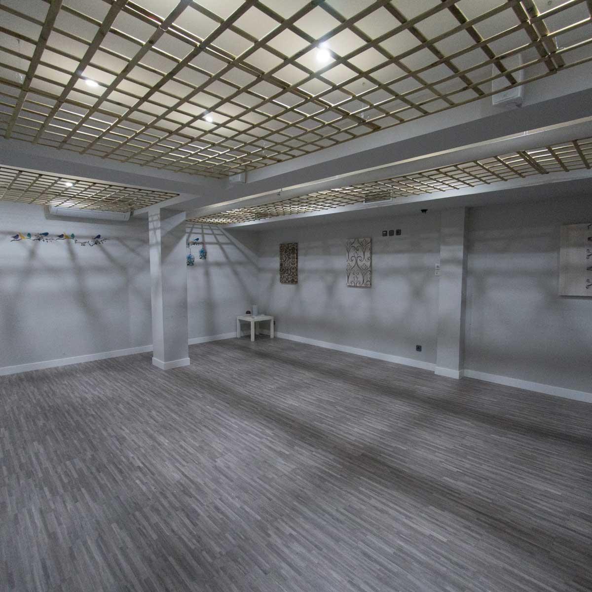 Alquiler de espacios madrid alzentro for Sala but madrid