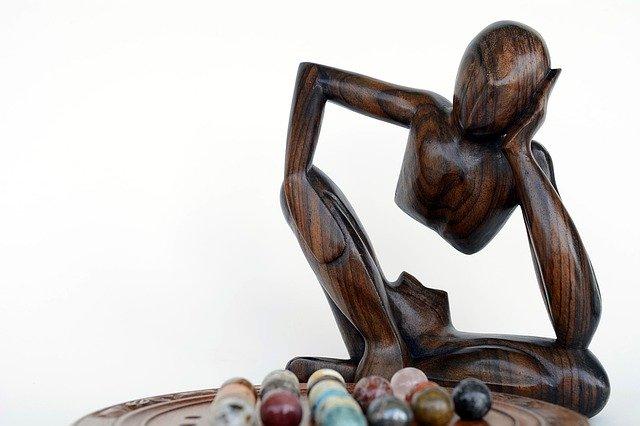 La paciencia correspone a los principios éticos que están comprendidos en la práctica del yoga y sus posturas
